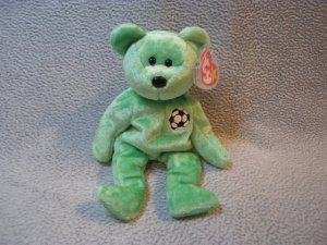 Kicks the Bear TY Beanie Baby Retired MWMT