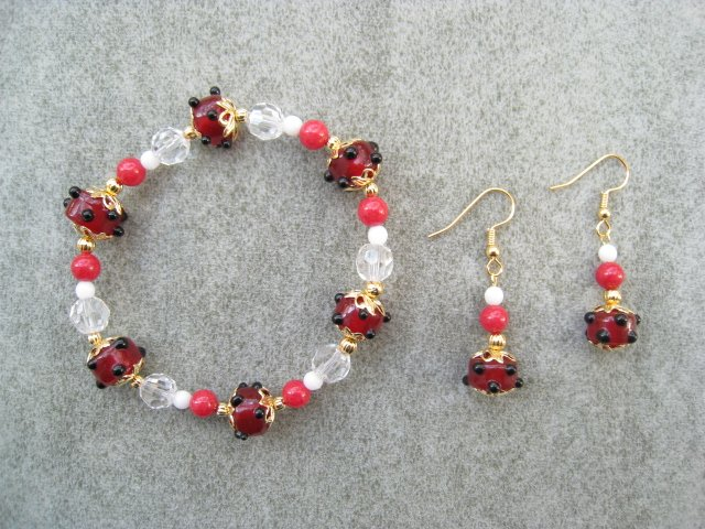 Red Glass Cherry Jade Crystal Bead Bracelet Ear Ring Set