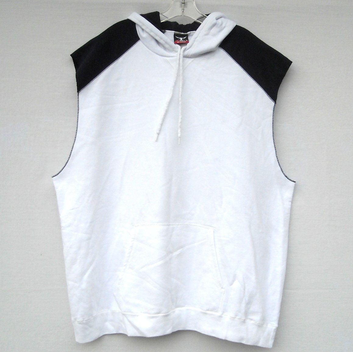 06d41a04 Men's Jogger White Hoodie Sleeveless Muscle Shirt Hanes Size L