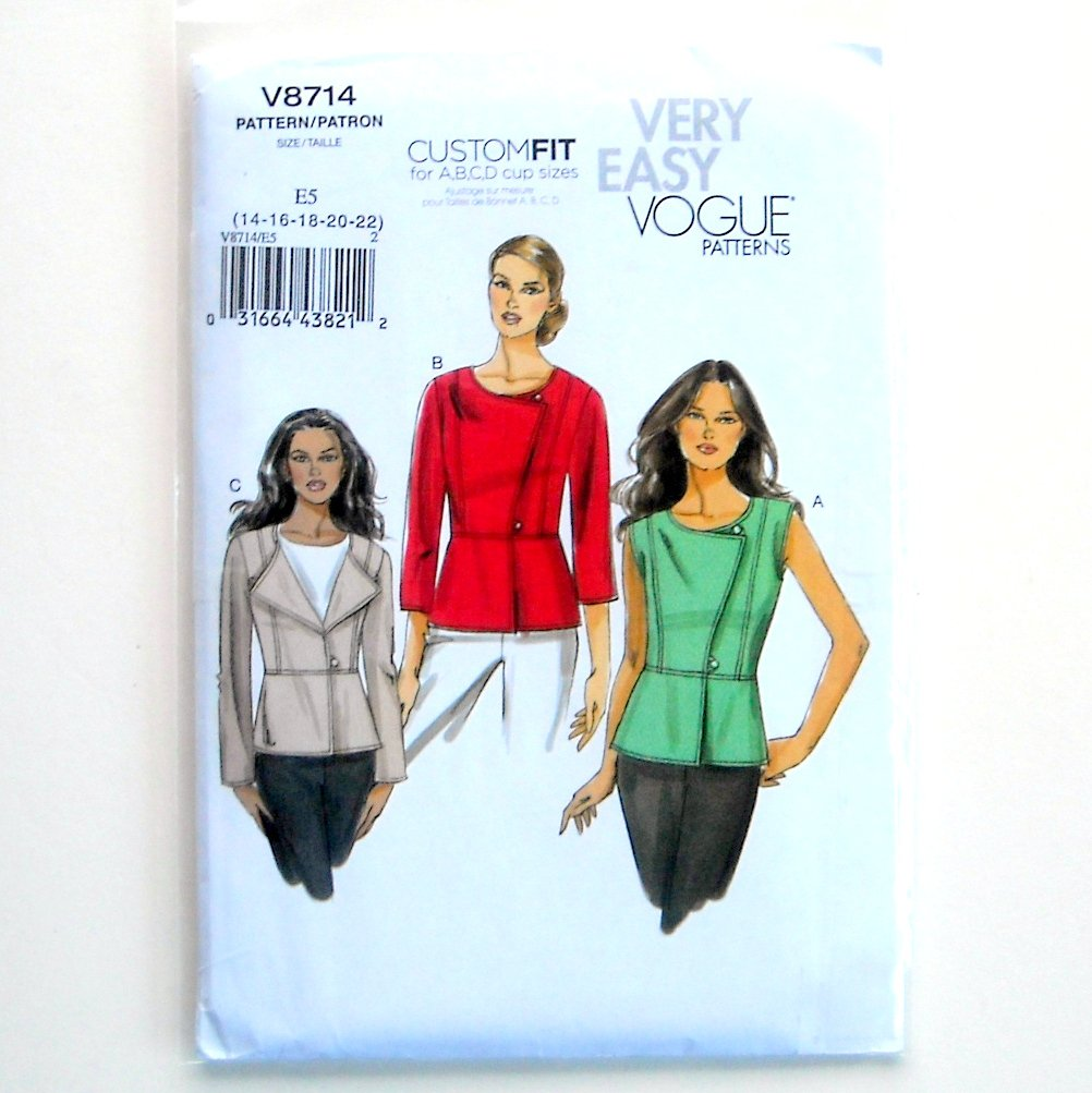 Misses Tops Size 14 - 22 Vogue Very Easy Sewing Pattern V8714