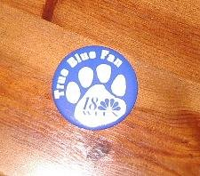 True Blue Fan  18 WLEX button pin