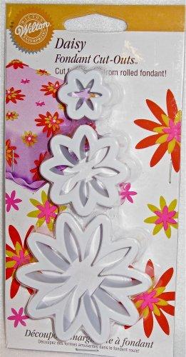 Wilton Daisy Fondant Gum Paste Cut-outs Decorative Flowers Cake Decorating