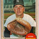 1968 Topps Jake Gibbs #89 New York Yankees Baseball Card, cards