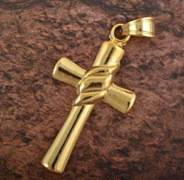 9k Gold Filled Cross Pendant Robe