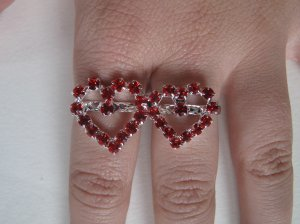 Two Finger Heart Ring (Red)
