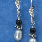 Pearl and onyx Dangling Earrings
