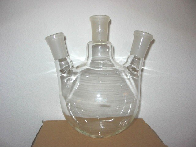 3-neck Flat bottom boiling flask: 24/40, 1000ml, angled