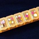 Disney Winnie the Pooh Pill Case Box holder dispenser keeper organizer 7 slots Q4