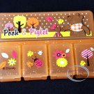Disney Winnie the Pooh Pill Case medicine storage box pills vitamin 5 slots Q4