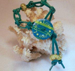 Aqua Suede Leather Bracelet.  Check Our Store twodotts.ecrater.com