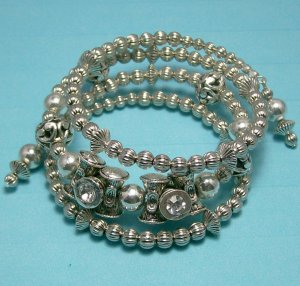 Silver Tone Memory Wire Bracelet.  Visit Our Store twodotts.ecrater.com