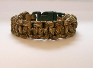 Brown Camouflage Paracord bracelet.