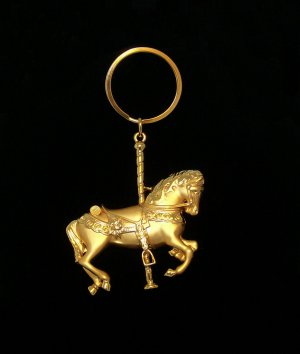 Key Ring with CAROUSEL HORSE charm.  Check our store twodotts.ecrater.com