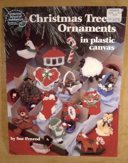 CHRISTMAS TREE ORNAMENTS IN PLASTIC CANVAS *SHIPS FREE*