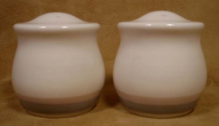 PFALTZGRAFF AURA SALT & PEPPER SET