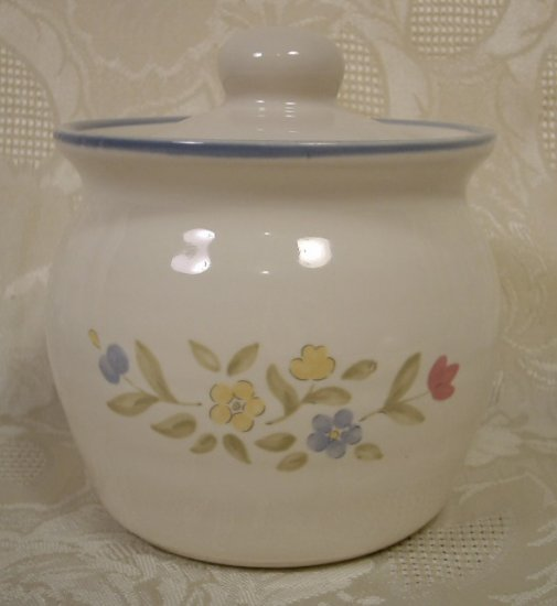 PFALTZGRAFF MEDLEY RED YELLOW BLUE FLORAL SUGAR BOWL W/LID