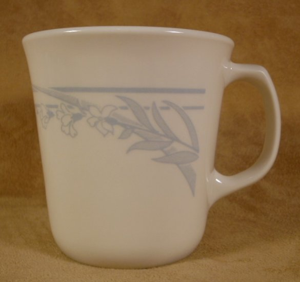 CORELLE BLUE LILY TAPERED MUGS - 3