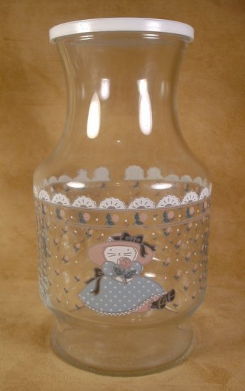 KITTY CAT  PUSS 'N BOOTS BEVERAGE JUICE DECANTER W/LID