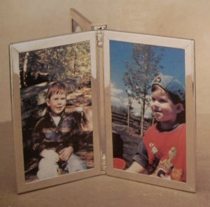 BURNES OF BOSTON SILVER METAL 4 X 6 MULTI PICTURE *NIB* *SHIPS FREE*