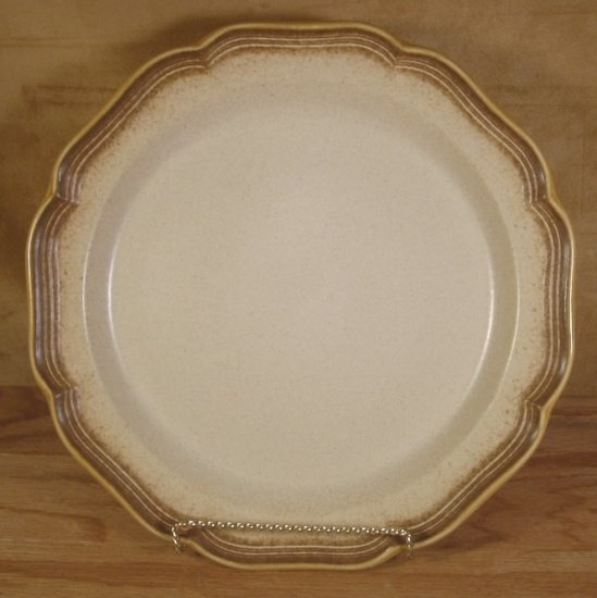 MIKASA WHOLE WHEAT LG ROUND PLATTER CHOP PLATE #E8000