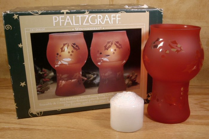 PFALTZGRAFF WINTERBERRY MINI FLOATING PILLAR CANDLES *NIB*