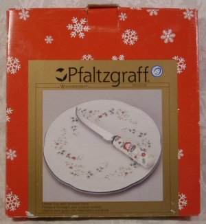 PFALTZGRAFF WINTERBERRY HOLLY CHEESE TRAY W/SLICER *NM*