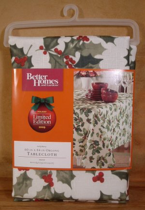 Better Homes Gardens Holly Berry 60 X 84 Tablecloth New
