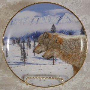 DANBURY MINT ETERNAL UNITY COLLECTION 5 PLATES WOLVES