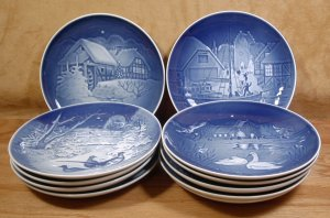 BING GRONDAHL PORCELAIN CHRISTMAS PLATES LOT OF 11