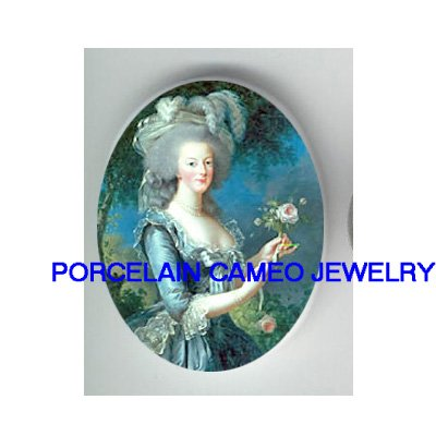 QUEEN MARIE ANTOINETTE ROSE UNSET CAMEO PORCELAIN CAMEO