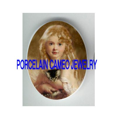 VICTORIAN BLONDE GIRL HOLDING KITTY CAT* UNSET CAMEO PORCELAIN CABOCHON