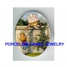 ALICE IN WONDERLAND HUMPTY DUMPTY PORCELAIN CAMEO 18X25