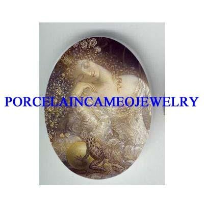 FROG PRINCE AND ROSE PRINCESS * UNSET CAMEO PORCELAIN CAB