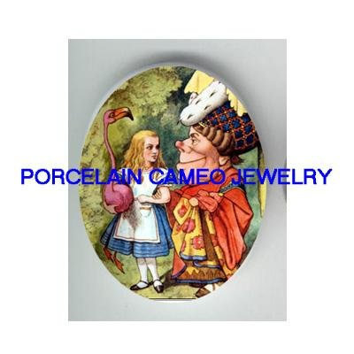 ALICE IN WONDERLAND WITH THE DUCHESS* UNSET CAMEO PORCELAIN CAB