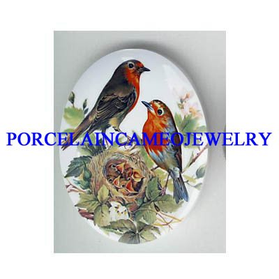 ROBIN BIRD FAMILY WITH BABY BIRD NEST*  UNSET CAMEO PORCELAIN CAB