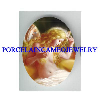 ROCOCO BUTTERFLY FAIRY * UNSET CAMEO PORCELAIN CAB