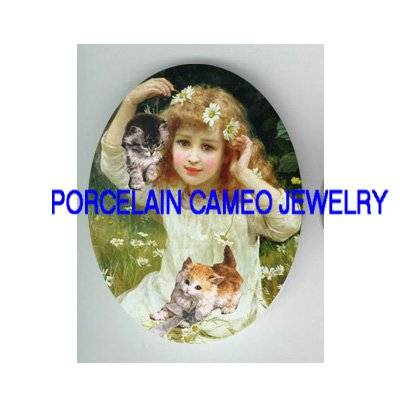 VICTORIAN DAISY GIRL WITH 2 KITTY CAT * UNSET CAMEO PORCELAIN CAB