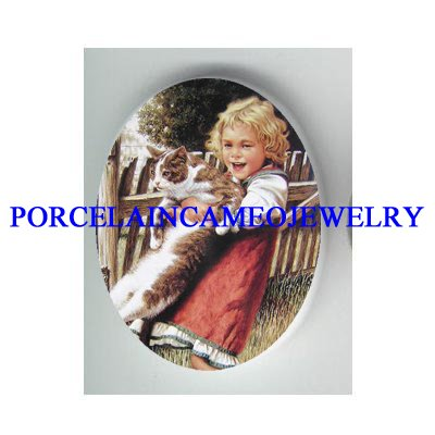 VICTORIAN GIRL HOLD HER BIG KITTY CAT * UNSET PORCELAIN CAMEO CAB
