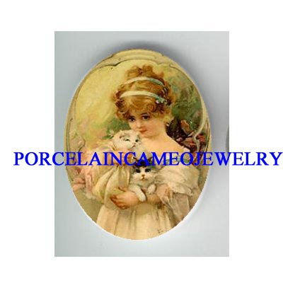 VICTORIAN SWEET GIRL HOLD 2 KITTY CAT * UNSET PORCELAIN CAMEO CAB