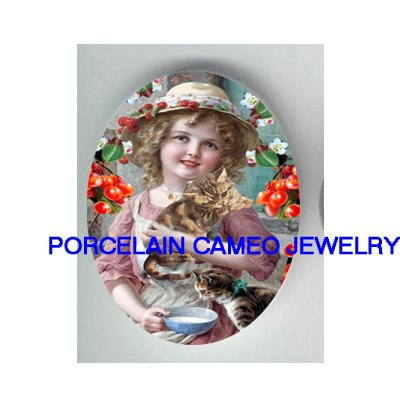 VICTORIAN CHERRY GIRL WITH 2 KITTY CAT * UNSET PORCELAIN CAMEO CAB