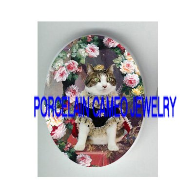 VICTORIAN QUEEN KITTY CAT ROSE* UNSET PORCELAIN CAMEO CAB