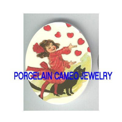 VICTORIAN LOVE HEART GIRL WITH BLACK CAT   * UNSET PORCELAIN CAMEO CAB