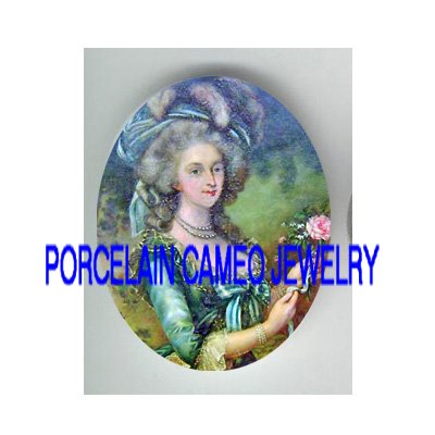 QUEEN MARIE ANTOINETTE ROSE PORCELAIN CAMEO CAB