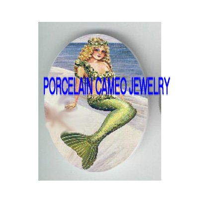 VICTORIAN GREEN MERMAID ROSE* UNSET PORCELAIN CAMEO CAB