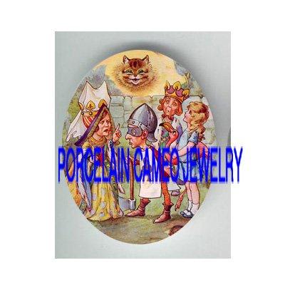 ALICE IN WONDERLAND QUEEN HEART CAT PORCELAIN CAMEO CAB