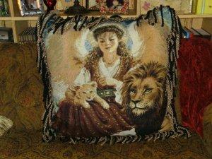 Angel Lion Lamb/ Dona Gelsinger Tapestry PICTURE Handmade Pillow X-Large -FS