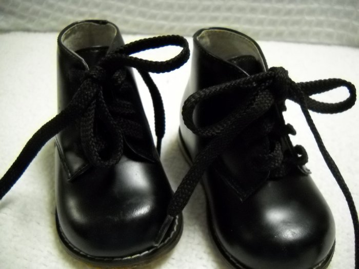 Leather Walker Toddler Shoe by Josmo Size 2 Black HC27