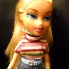Bratz Doll Fully Dressed MGA Entertainment Blonde Hair Dressed in Jeans and Top (HC43)
