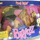 Bratz Fashion Pack Clothing First Date By MGA Entertainment 2003 (HC08)