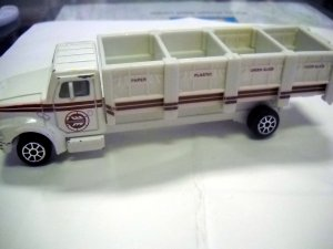RECYCLE TRUCK Die Cast Metal Car 1993 by Road Champs (HC02)